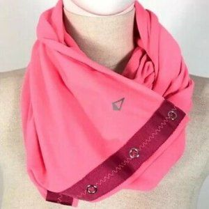 IVIVVA LULULEMON Girl Village Chill Scarf Hot Pink